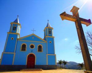 Paróquia Nossa Senhora do Bom Sucesso (Serranos/MG)