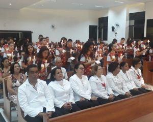 CELEBRAÇÃO DA CRISMA REALIZADA NA PARÓQUIA FREI GALVÃO – VARGINHA